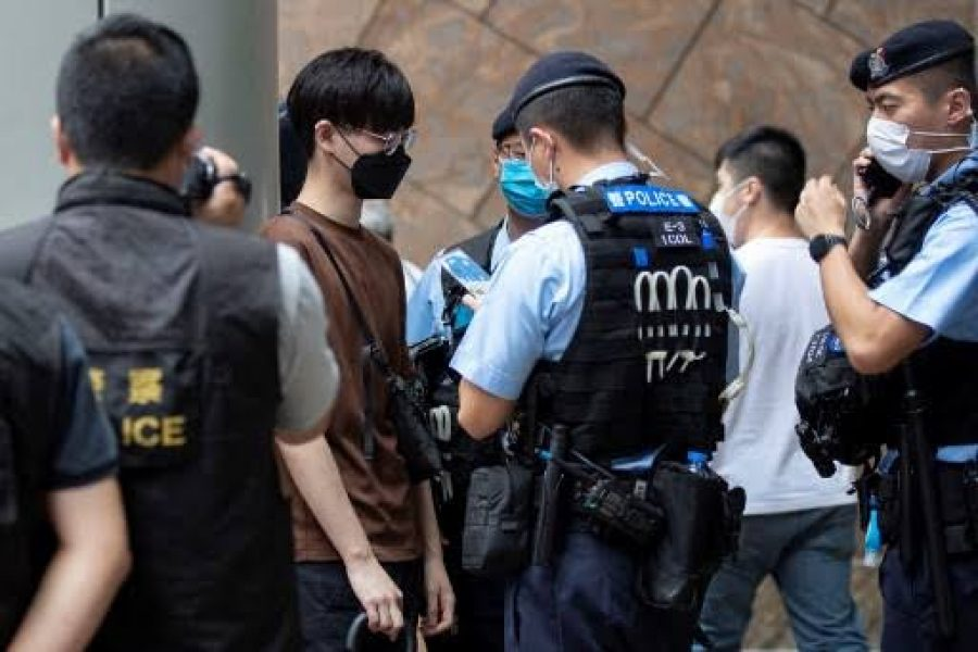 Hong Kong Customs and Excise Department arrests six for organized money laundering of over $2.5 billion